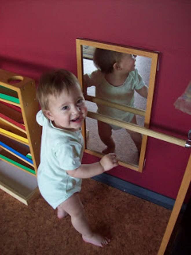 espelho-acrilico-quarto-montessoriano-toca-lola-1