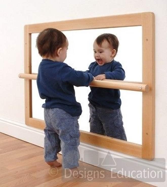 espelho-acrilico-quarto-montessoriano-toca-lola