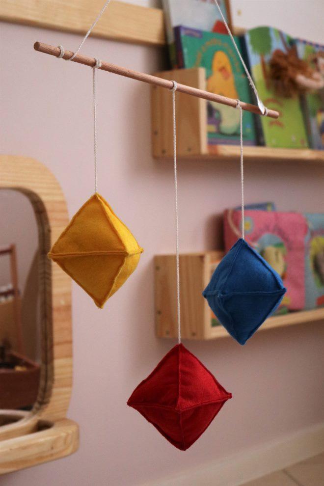 mobile-montessori-octaedro-toca-lola