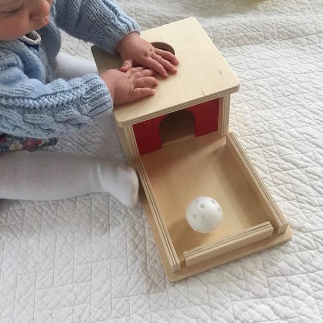 Montessori-Object-Permanence-Box-toca-lola